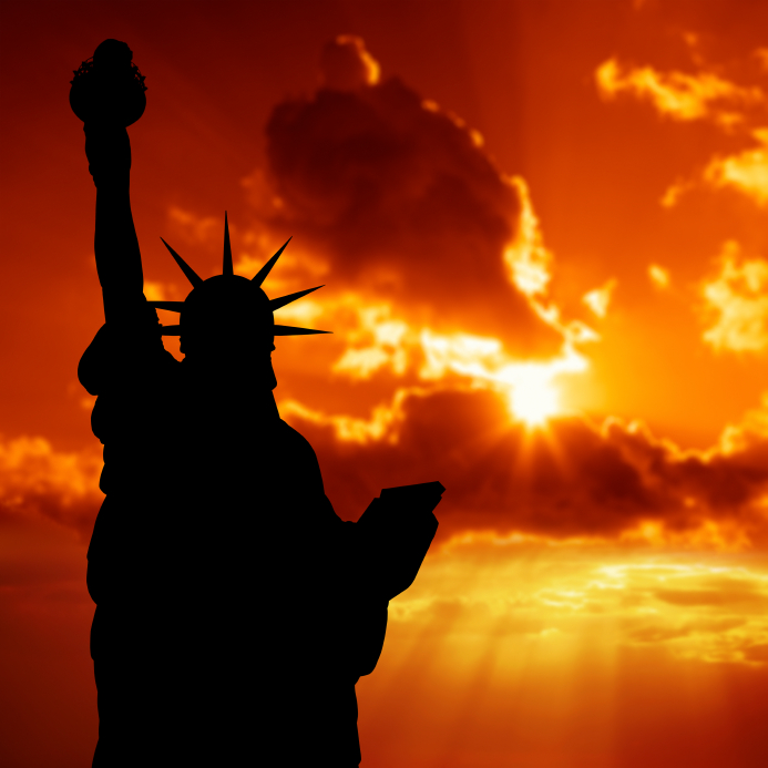 Statue-of-Liberty-at-Sunrise